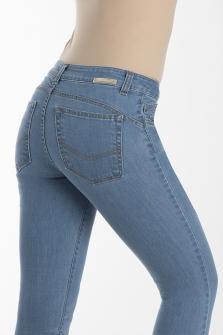 Παντελόνι BLUE DENIM σε μεσαίο καβάλο και 7/8 μάκρος